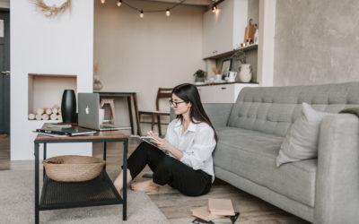 Cum să-ți amenajezi într-un mod cât mai prietenos biroul de acasă
